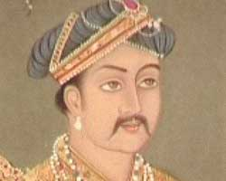 write a compare and contrast essay on the policies of akbar and aurangzeb Akbar's son, jahangir, ruled the mughal empire in peace and prosperity from 1605 until 1627 he was succeeded by his own son, shah jahan the 36-year-old shah jahan inherited an incredible empire in 1627, but any joy he felt would be short-lived.